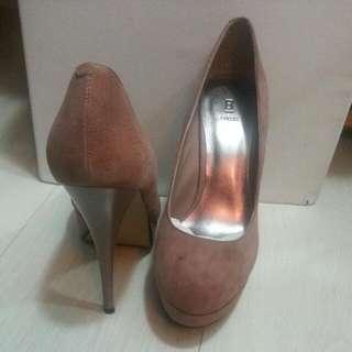 Bakers Dusty Pink Platform heels