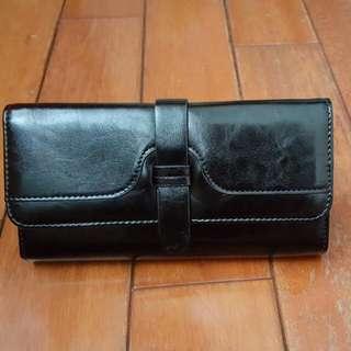 全新黑色流行長夾 錢包 (內容量大)