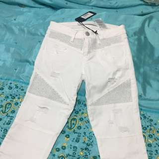 GUESS JEANS SIZE 26 ; 8.