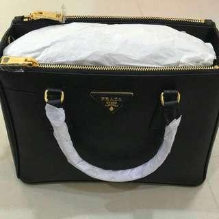 *OFFER* 100% Authentic Prada Saffiano Luxe Killer Tote Bag 1BA863