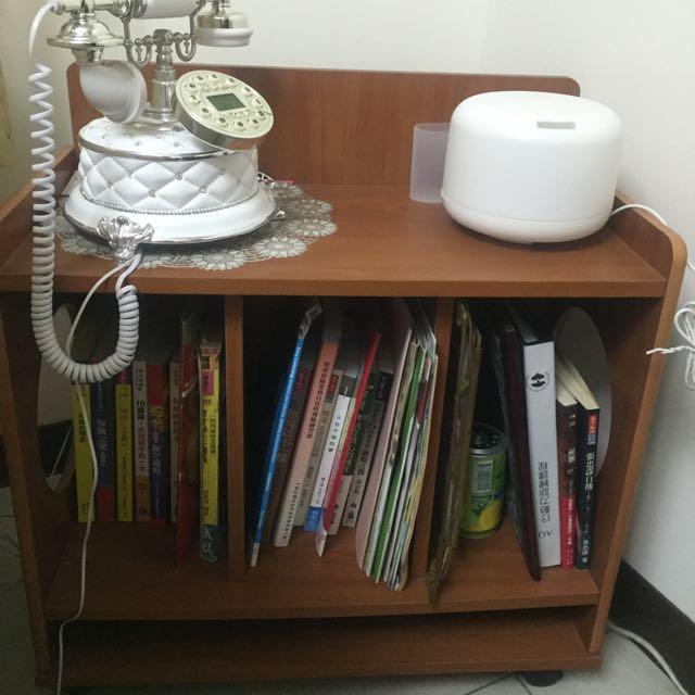 電話櫃、書櫃