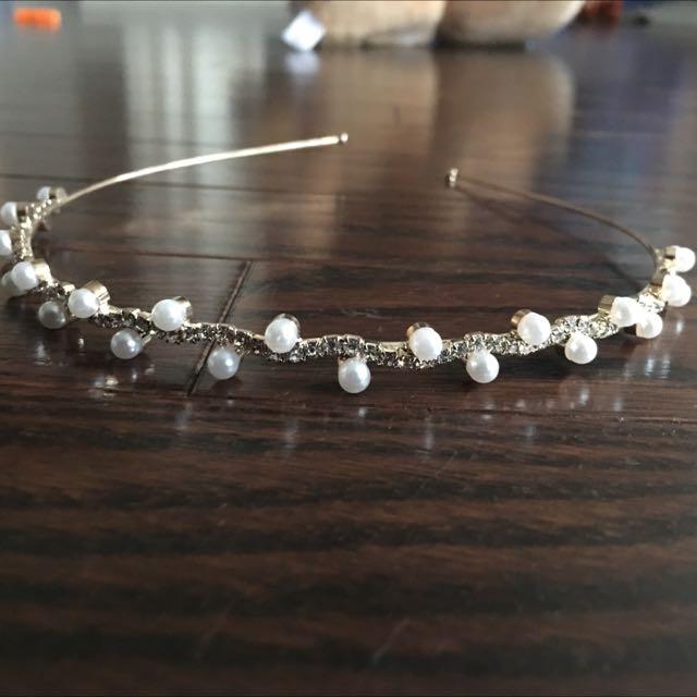 Brand new Rhinestone And Pearl Headband
