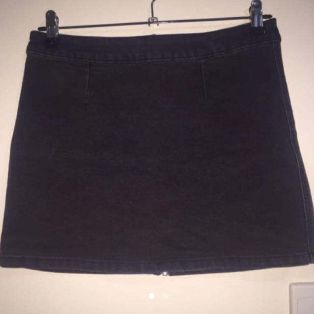 Dotti Black Demin Skirt (size 10)