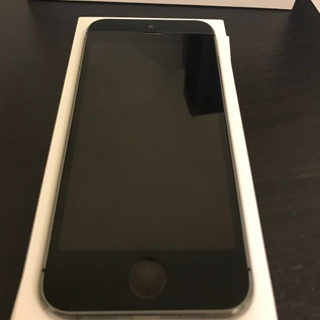 iPhone 5s 32gb Perfect Working Condition