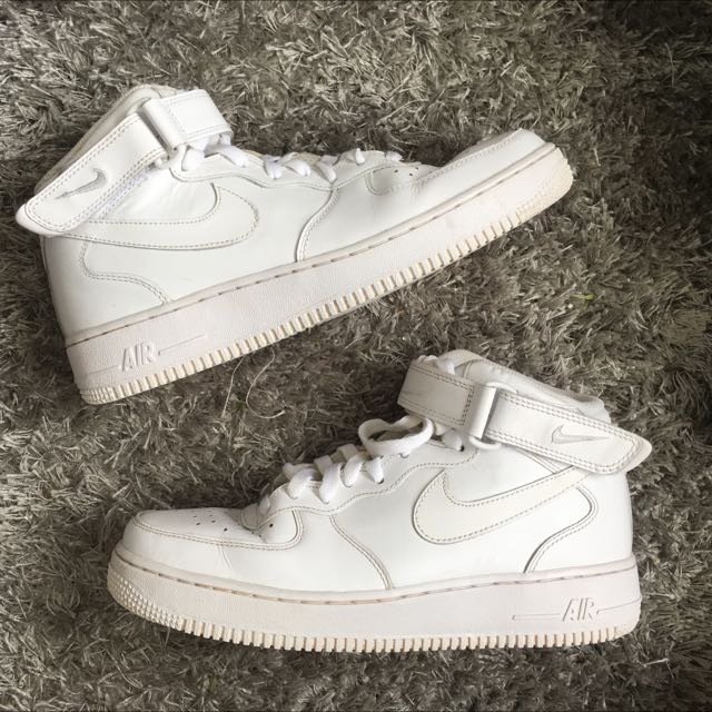 Nike Air Force 1 Mid 07'