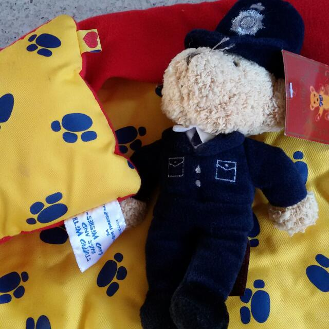 Play mat and pillow with paws design and 1 dog stuffed toy
