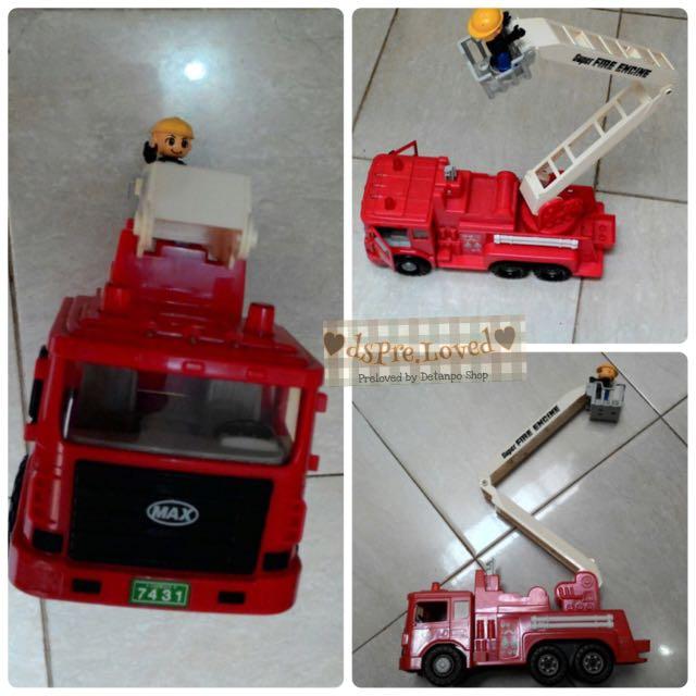Preloved Mainan Anak Mobil Pemadam Kebakaran