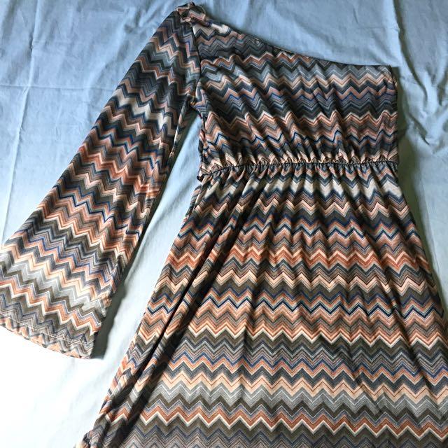 Pull & Bear Aztec One-Sided Dress