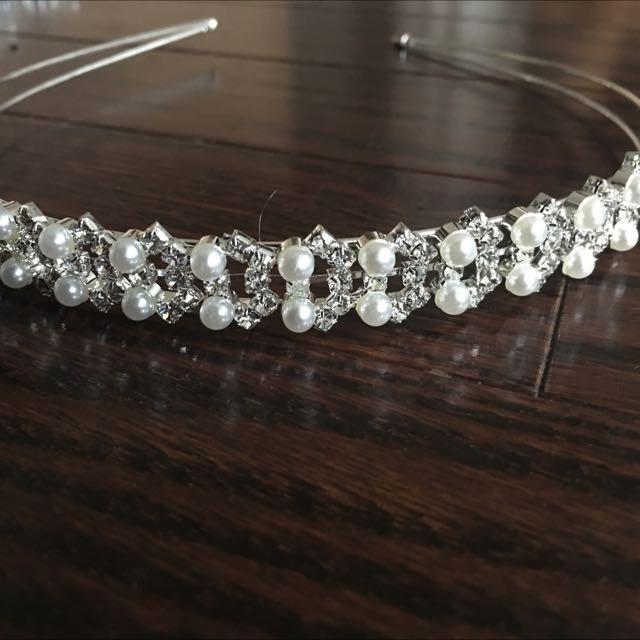 Rhinestone And Pearl Headband Brand New