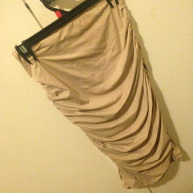 Super Skirt
