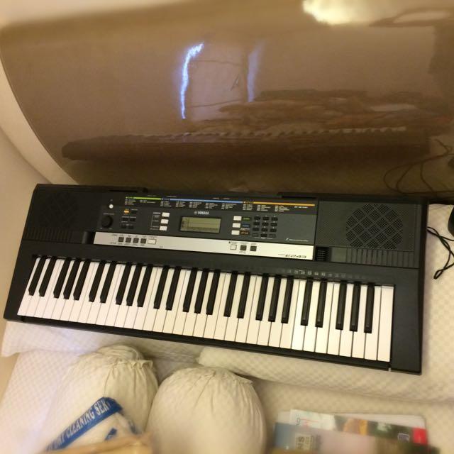Yamaha Keyboard PSR E-243