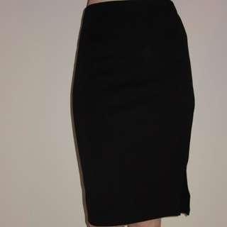 Le Chateau Black Pencil Skirt