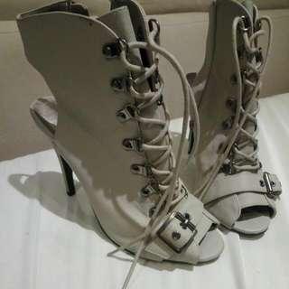 Brand New F21 Heels Size 9