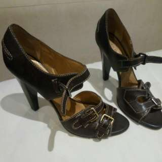 Brand New Tahari  Leather Heels Size 9