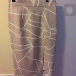 2 X xs Knee Length Skirt