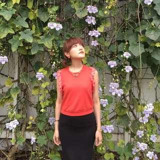 日本品牌Lily Brown紅色厚棉羽毛無袖上衣