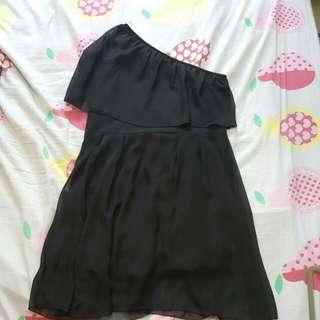 Black 1 Shoulder chiffon dress