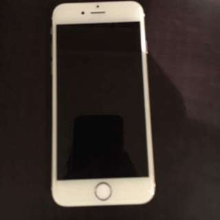 iPhone 6 NEGOTIABLE