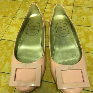 RV  Flat Shoes Rose Pink  Color / Size 36 (HOLD)