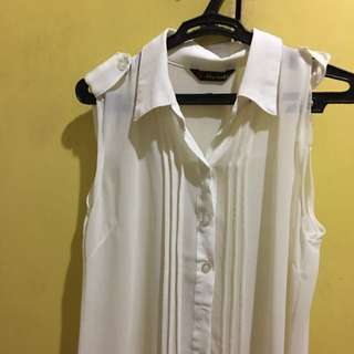 BAZAAR FIND White Blouse