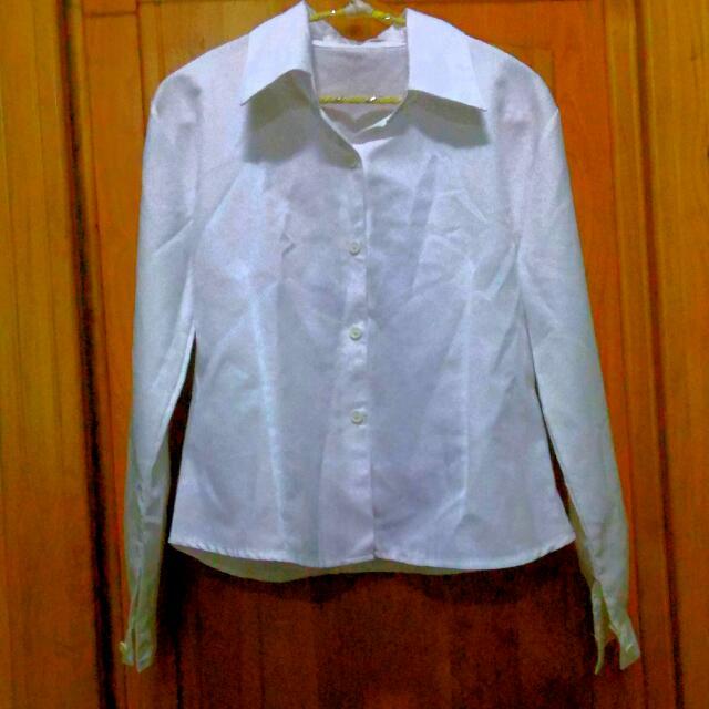 長袖白襯衫