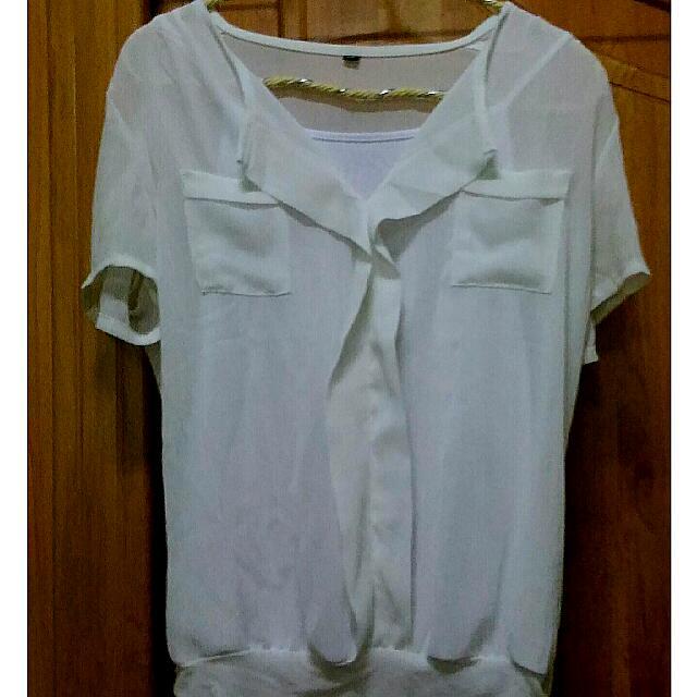 薄紗質感白色襯衫