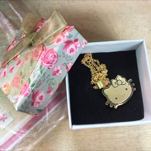 💯% STAINLESS GOLD NECKLACE (HELLO KITTY)