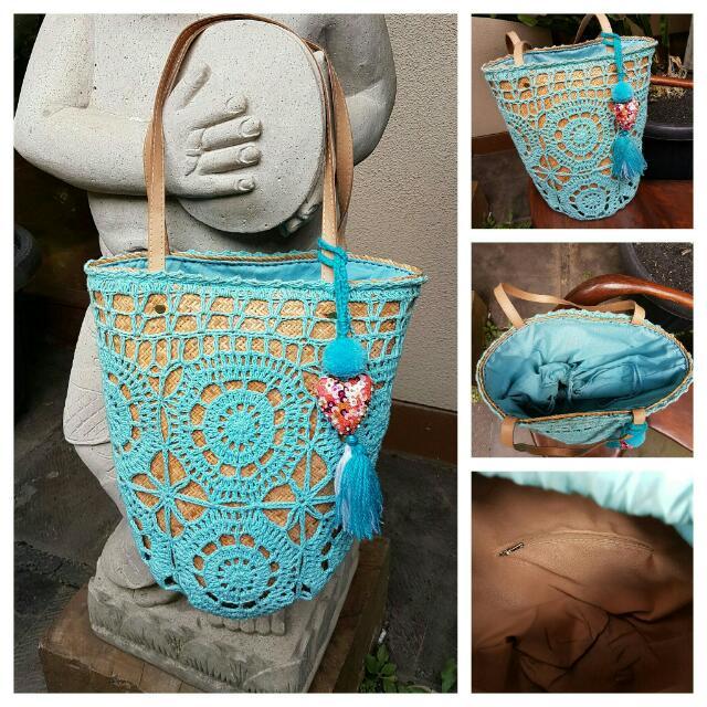 Aqua Crochet Beachbag
