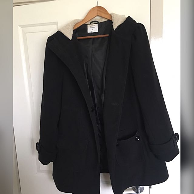 Black Winter Coat With Hoodie