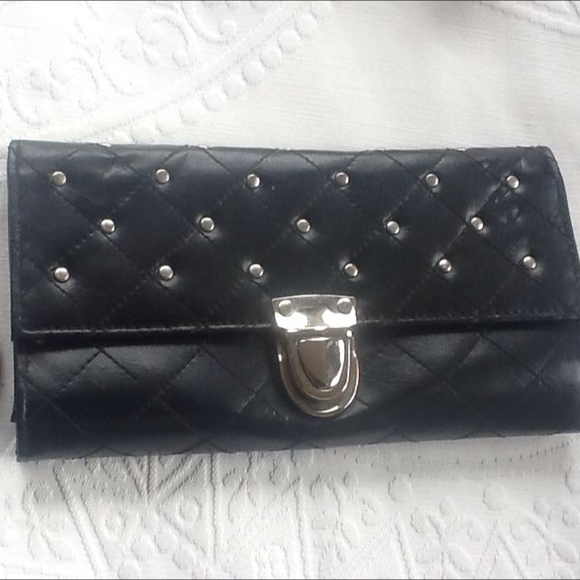 DOTTI Black Clutch