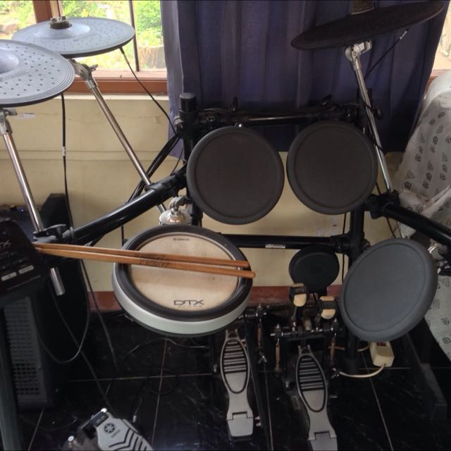 DRUM ELECTRIC 'YAMAHA DTX 522'