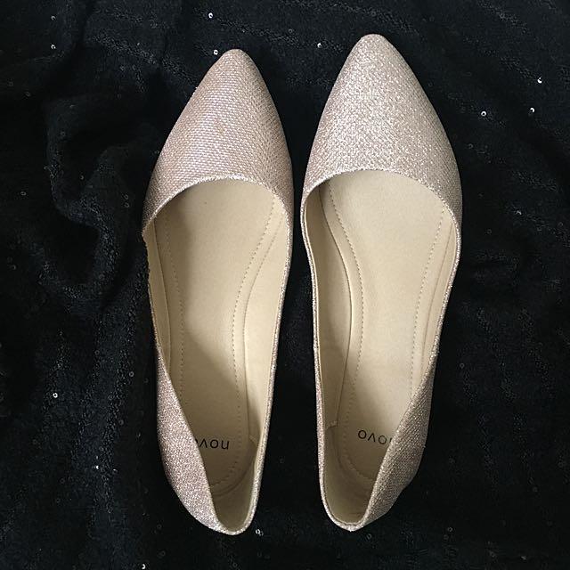 Gold Flats - Novo - Size 11