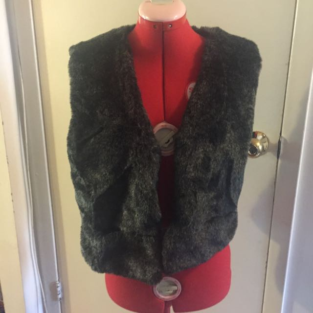 *REDUCED* Grey Faux Fur Vest