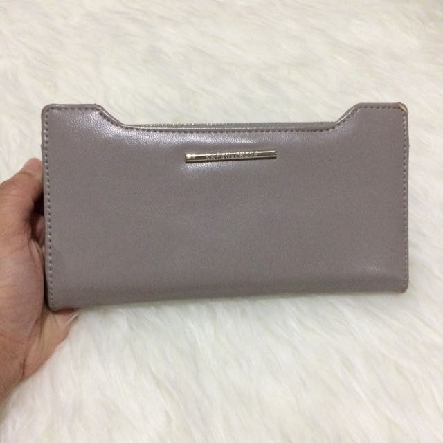 Karen n Chloe Wallet Original Counter