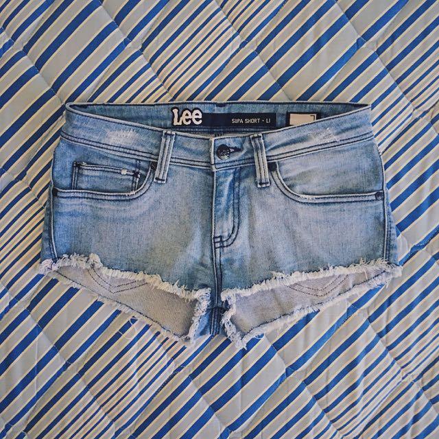 LEE Denim Shorts. Size 7 AUS.