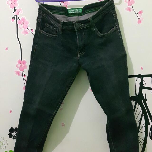Preloved - Black Skinny Jeans