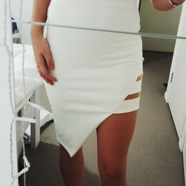 Size 8 White Missguided Skirt