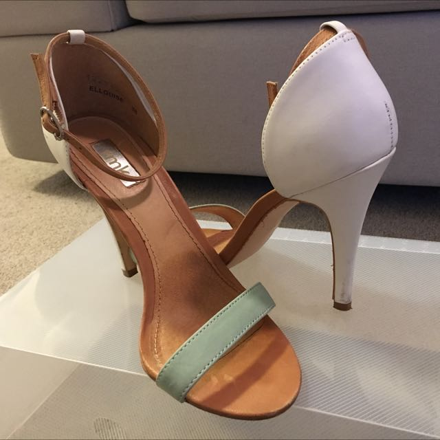 Sz38 RMK White And Teal Heels