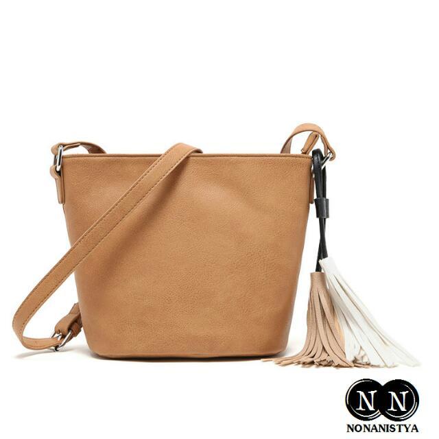TAS SLING BAG BRANDED MICOCAH CALLENA  kode: nn0004