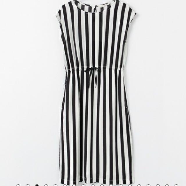 日本品牌URBAN RESEARCH Sonny Label 黑白直條紋連身休閒風洋裝