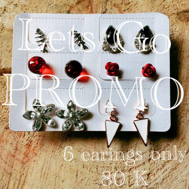 Women Jewelry : Earings, Choker Etc.