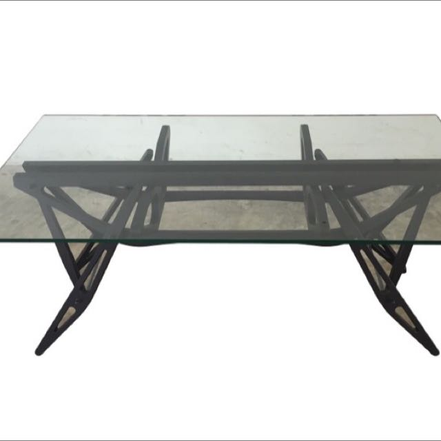 Zanotta 2320 Reale Dining Table For Sale 98 New Furniture On
