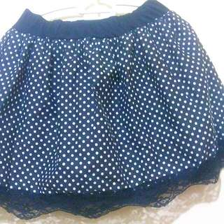 REPRICED!!! Black Polka dots skirt (stretchable & never been used)