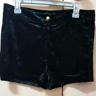 BNWT Dotti Velvet Shorts