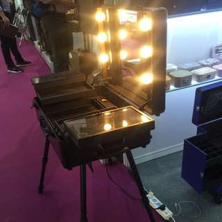 Professional Make up Luggage With Lightings