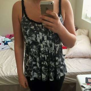 Minkpink Small Loose Top