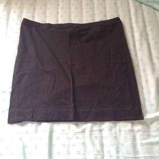 Short Skirt / Rok Pendek H&M