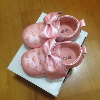 粉紅愛心造型蝴蝶結女童鞋嬰幼兒鞋寶寶鞋公主鞋布鞋23碼