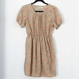 Love Heart And Arrow Printed Beige Dress Size S