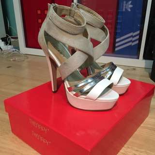 Therapy white/nude/silver heels